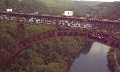 Basta auto sul ponte San Michele. È scontro su dove realizzare il nuovo viadotto