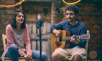 Chicca e Giulio, i Jingles in Trouble Serenità in voce e chitarra al Gosis