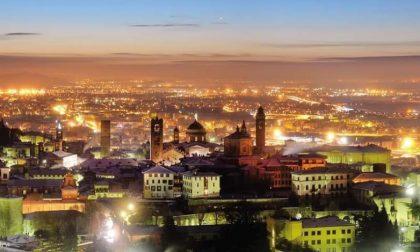 Bergamo (magica) di notte – Paola Orlandini