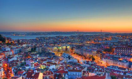 Posti fantastici e dove trovarli Lisbona, una poesia su… tram