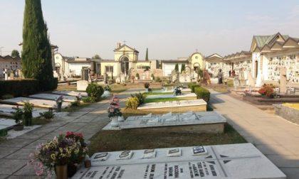 Ladri di rame al di là della decenza Rubano anche i vasi al cimitero