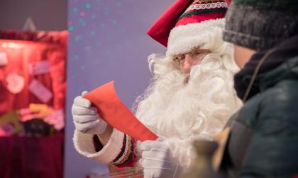 Il buon Babbo Natale ci presenta la sua casa bergamasca a Gromo