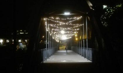 A Ponte San Pietro è già Natale E c'è chi contesta il troppo anticipo