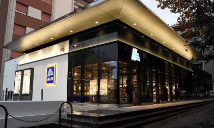 Aldi sfida Esselunga e Auchan (ora che ha aperto anche in città)