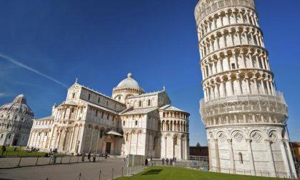 La Torre di Pisa s'è tirata un po' su