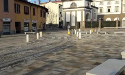 Lavori in piazza, la fine slitta ancora «E il centro di Stezzano è deserto»