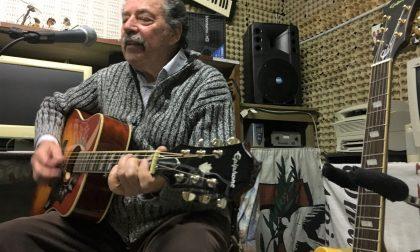 Il Gianni d'Albino canta i Beatles tradotti in dialetto bergamasco