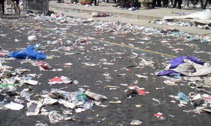 Cinque notizie che non lo erano La foto dei rifiuti in strada è falsa