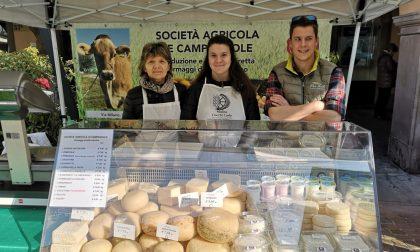 Franca è tornata in Piazza Pontida Ma i formaggi li fanno tre ragazzi