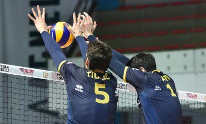 Olimpia, ora la finale è più vicina Battuta Cantù in gara-1 delle semi