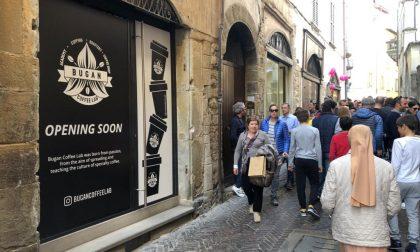 Bugan Coffee vola alto per Pasqua Apertura di uno shop in Città Alta