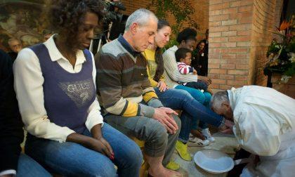 """In che senso papa Francesco ha cambiato la """"lavanda dei piedi"""""""