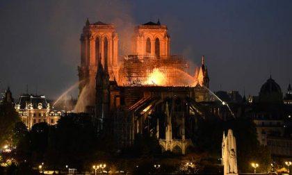 Cinque notizie che non lo erano Nessun complotto su Notre Dame