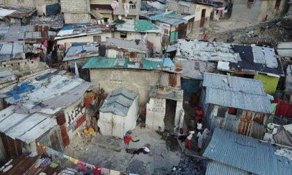 A baba Fulgenzio hanno regalato altri 150 figli. Ad Haiti (un inferno)