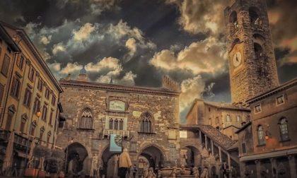 Bergamo e nuvole vintage - Jacqueline