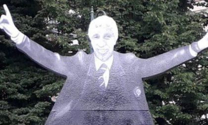 La statua a Gasperini in centro Champions giocata in casa?