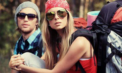 Pensieri segreti di una commessa La coppia pronta al campeggio