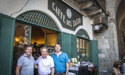 Le grandi firme e le belle storie del Caffè del Tasso, un'istituzione