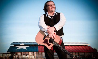 A Zandobbio il folk rock di Cisco cresciuto tra Modena e Dublino
