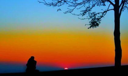 Abbracci a fine giornata sulle Mura – Lucia Orrù