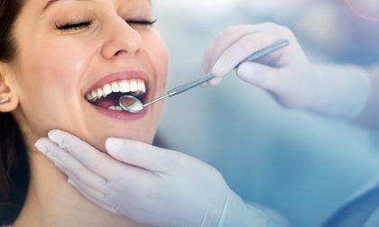 Implantologia dentale: che cos'è e come si è evoluta nel tempo