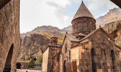 Posti fantastici e dove trovarli Yerevan, ai piedi del monte Ararat
