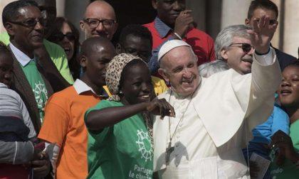 """La sfida """"persa"""" di Papa Francesco «Prima i migranti» (sono persone!)"""