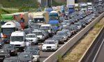 Tir si ribalta sull'A4 e perde il carico tra Dalmine e Capriate: tratto chiuso e lunghe code