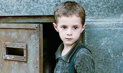 Giosuè, il bambino de La vita è bella va a New York in cerca di fortuna