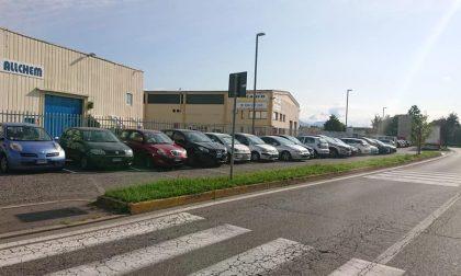 I parcheggi spariti a Grassobbio (se li prendono tutti i turisti)