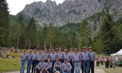 Il coro alpino Penne nere di Almè festeggia i suoi primi cinquant'anni