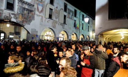 A San Martino si spilla il vino È la piccola estate di Clusone