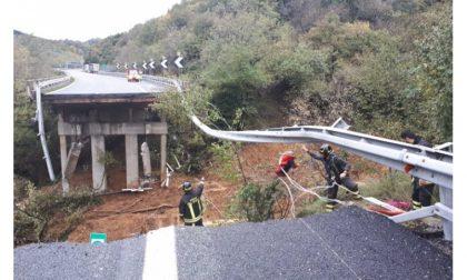 Piove: frane e ponti a rischio crollo E subito si grida alla catastrofe