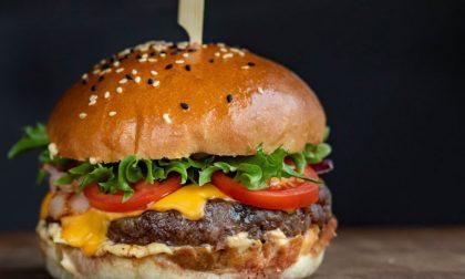 Gli hamburger di Goss in viale Papa Giovanni (al posto di Chips House)