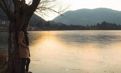 Troppo poco ghiaccio sul Lago di Endine: il turismo scricchiola