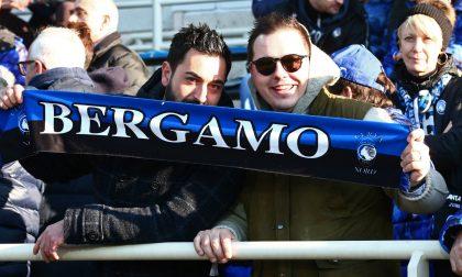 Le foto dei tifosi allo stadio durante Atalanta-Parma 5-0