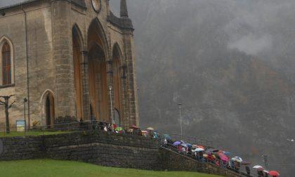 Vetrate a rischio, la chiesa di San Martino a Piazza Brembana ha bisogno di aiuto