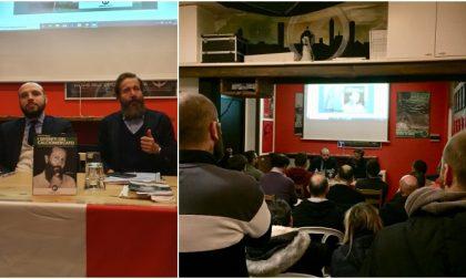 L'autogol dell'Anpi e la risposta della casa editrice di CasaPound: «Ci hanno fatto pubblicità, torneremo a Bergamo»
