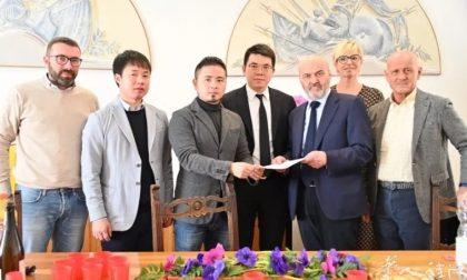 Il sindaco di Solto Collina si scusa ufficialmente con la comunità dei cinesi