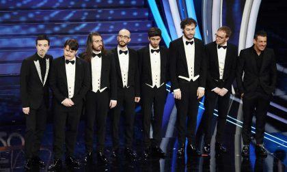 Bravi, li avete votati in massa: il podio dei Pinguini Tattici è soprattutto merito del televoto