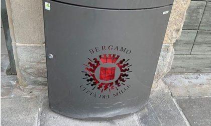 I cestini dei rifiuti di Bergamo li vogliono anche in Polonia