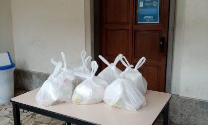 È chiusa, ma la Mensa dei Poveri dei Cappuccini continua a dare cibo grazie ai volontari