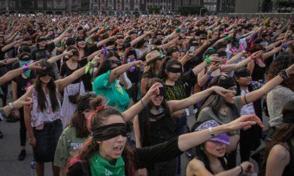 Domenica donne in piazza. Flash mob contro abusi e femminicidio
