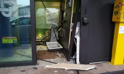 Assalto alla Bcc di Pontirolo, i ladri fanno saltare il bancomat