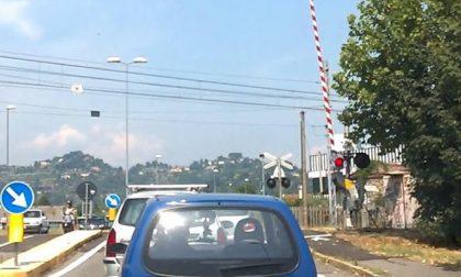 Allungamento dei tempi di attesa ai passaggi a livello di Curno, la Regione si muove