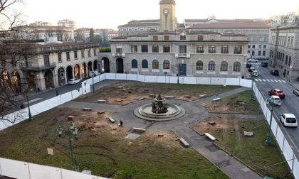 «Censurati commenti sui social contrari al taglio degli alberi di piazza Dante». La Lega chiede risposte al Comune