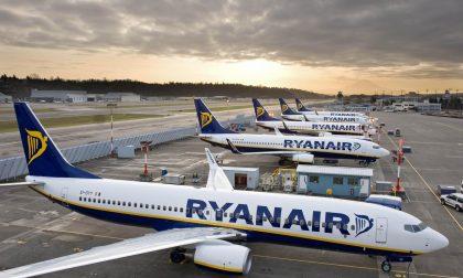 Effetto Coronavirus: Ryanair costretta a tagliare i voli del 25 per cento fino ad aprile