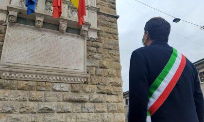 Bandiere a lutto e un minuto di silenzio in Bergamasca per le vittime del Coronavirus