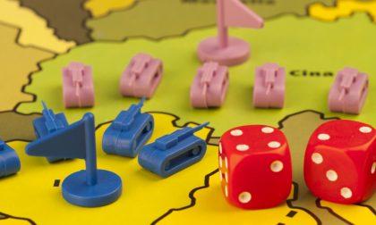A Risiko e a Scarabeo si può giocare. Con gli amici (e anche no) ma in Rete