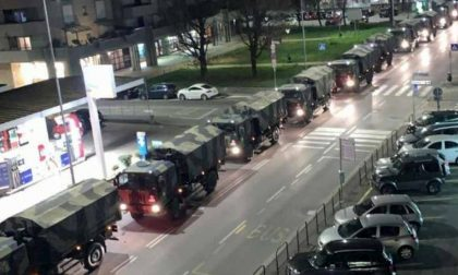 2020, anno del Covid: la foto simbolo è dei camion militari con le salme dei bergamaschi